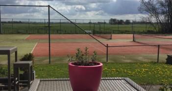 """Maak kennissen met tennissen ……… en """"premium"""" fitness"""